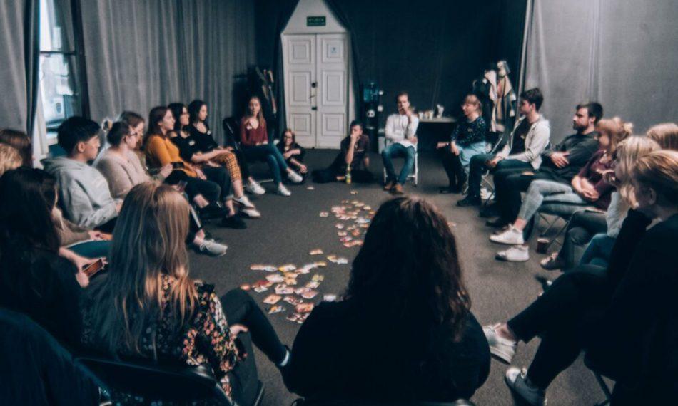 Sztuka Wrażliwości: Przyjazne Strefy Aktywności – Szkolenie dla kadr kultury